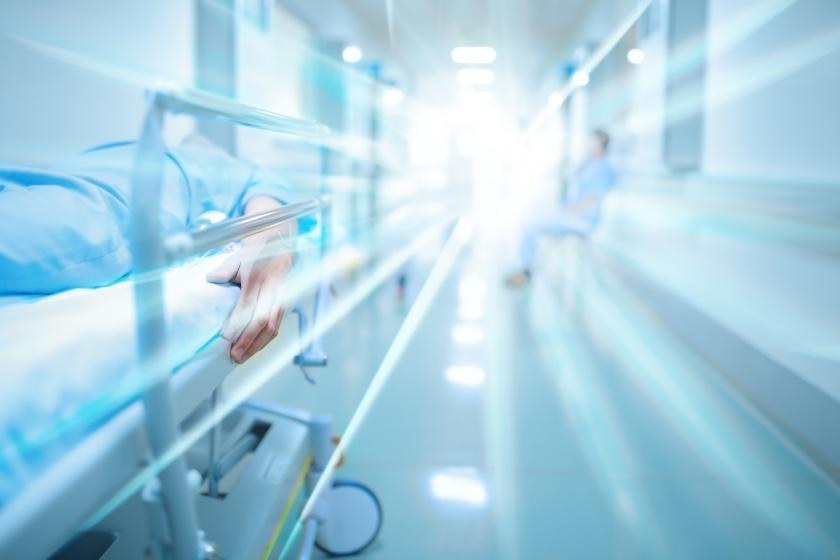 Death in hospital corridor